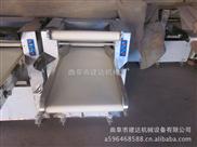 山东自动压面机,小型压面机,面包店用压面机价格