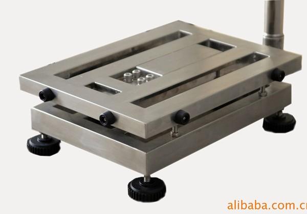 秤台结构: +全304不锈钢秤台或在pd型外框四